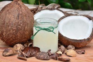 prevención de caries dental con aceite de coco.