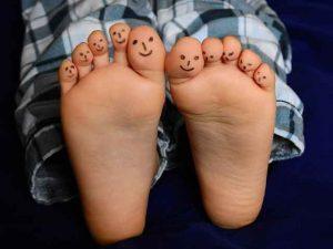 Tu podólogo puede ayudarte a mantener tus pies saludables.